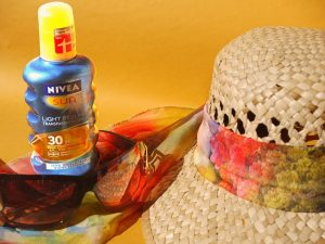 Sunscreen Lotion Beauty Tips and Tricks for Summer Sun