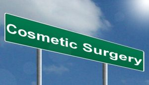 Plastic Surgery for Women: 7 Cosmetic Surgery Questions to Ask